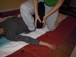 Rückenlage Beindehnung Thai-Yoga-Massage Shiatsu Workshop